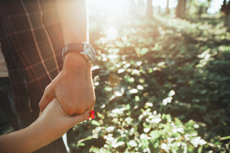 Lehet-e egyszerre több embert szeretni? – A hűtlenség pszichológiája