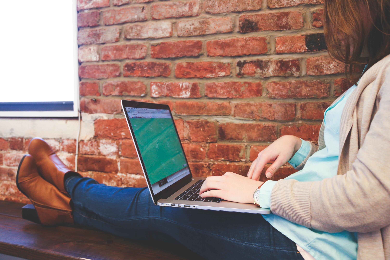 Tinder és társai – mérlegen az internetes társkeresés