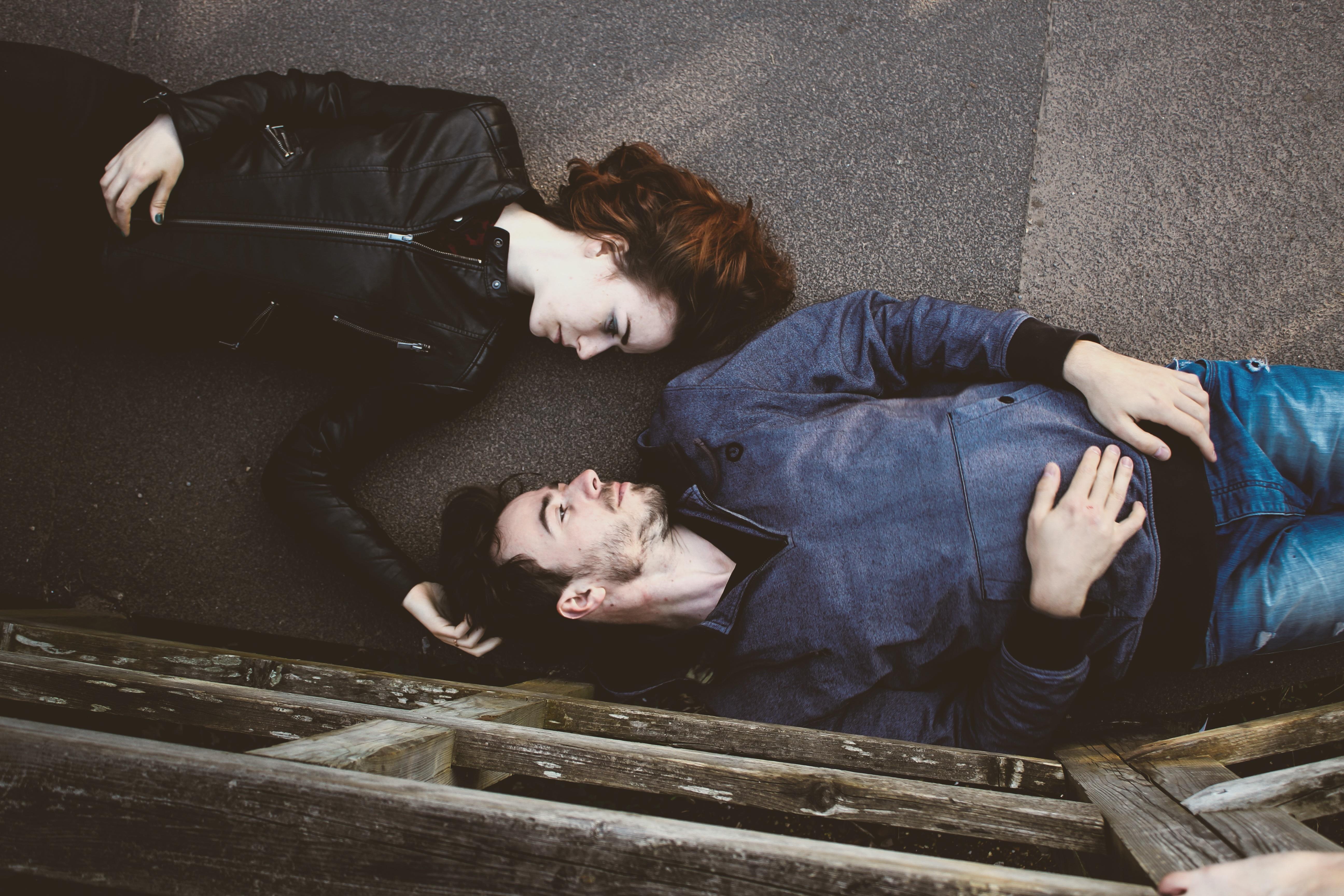 """""""Evidenciának tekintjük, hogy az intimitás kikopik a kapcsolatokból"""" – 5 segítő gondolat az impotenciáról"""