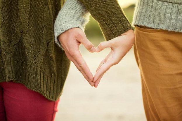 randevú valakivel, aki nem mondja, hogy szeretlek