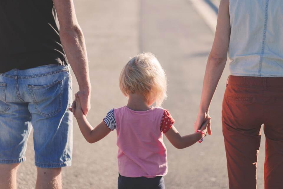"""""""Szerelmes férfi helyett kenyérre kenhető apuka"""" – párkapcsolati nehézségek a mozaikcsaládban"""