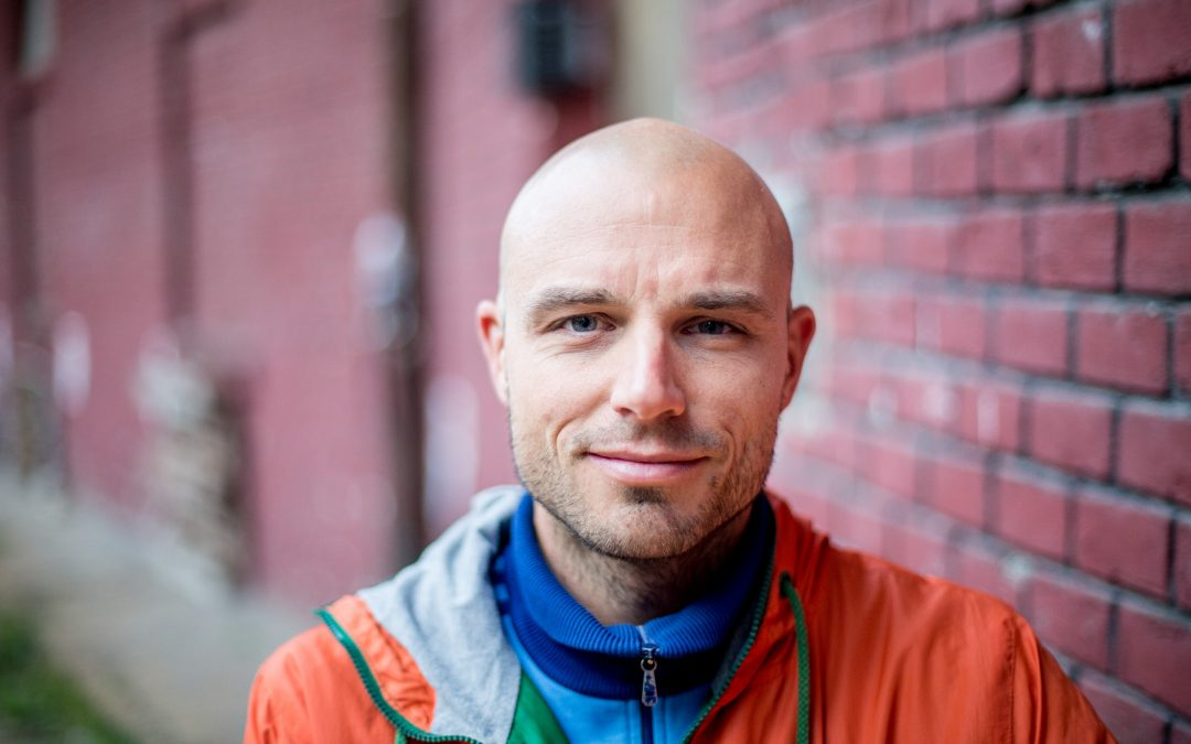 """""""A futás egy olyan tükör, amibe nem lehet nem belenézni"""" – Interjú Simonyi Balázs, ultrafutóval"""