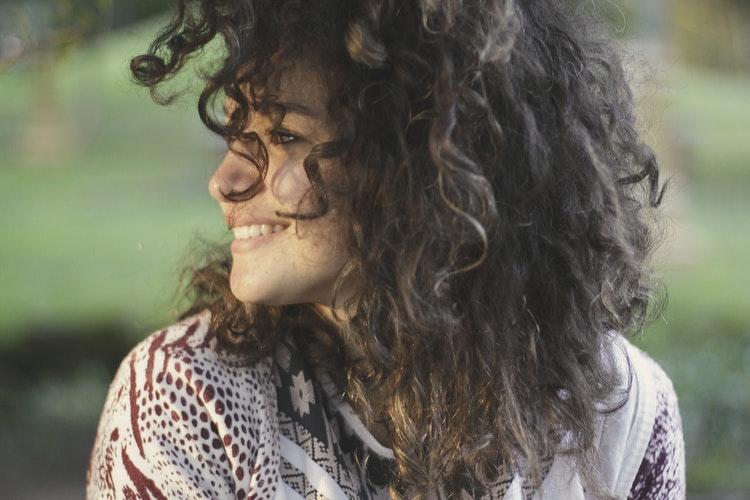 Miért lenne sokkal jobb hely a világ, ha többet mosolyognánk egymásra? Ezért!