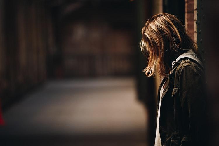 A függőség hálójában – Szenvedélybetegség a hozzátartozó szemszögéből