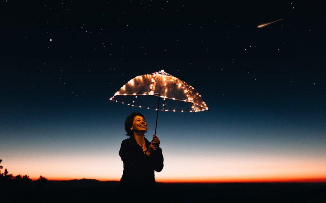 """""""A boldogság nem cél, hanem 'járulékos haszon', ami a céljainkért való munkálkodás közben ér minket"""""""