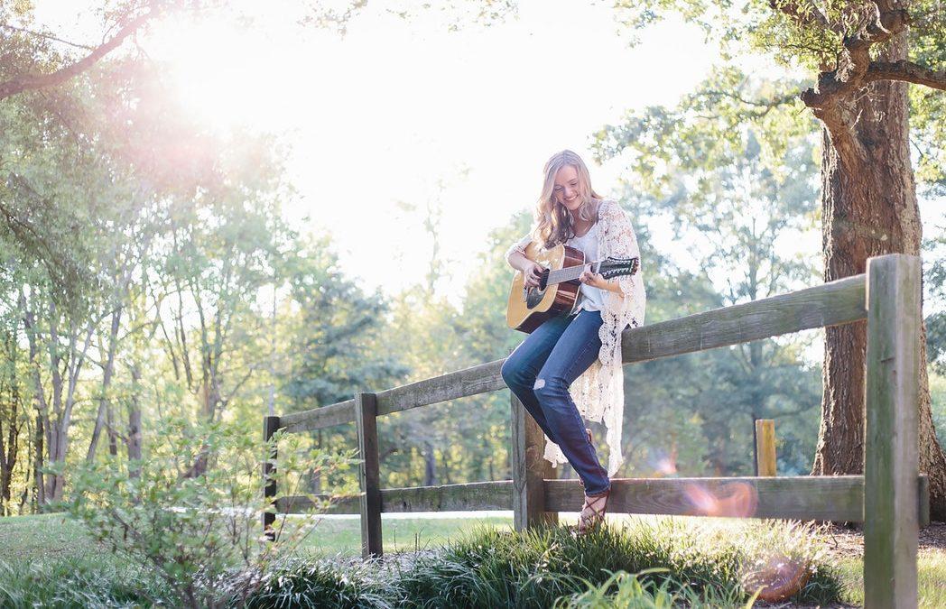 Boldogságra hangolva – így javítja közérzetünket és egészségi állapotunkat a zene