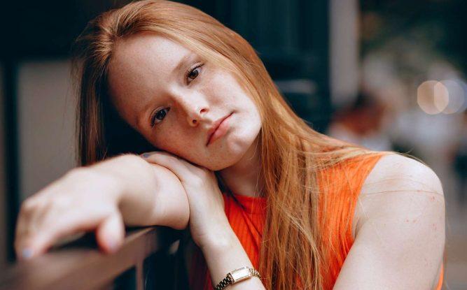 tizenévesek szorosan meztelen leszbikus tini