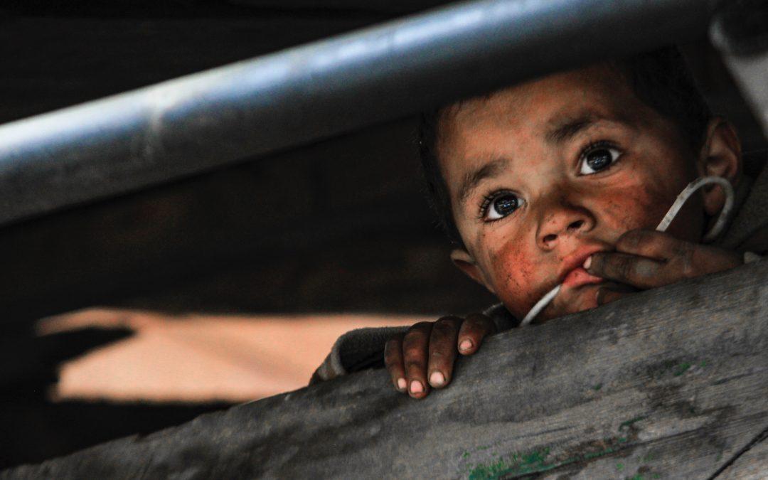 """""""A szegénység legfőbb jellemzője, hogy megsemmisíti a jövőt"""" – A nyomor pszichológiája"""